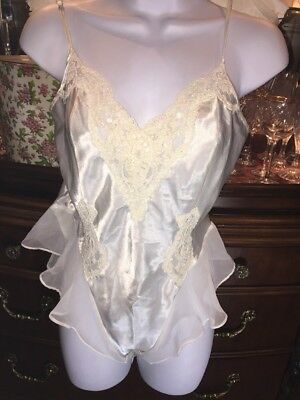VICTORIAS SECRET TEDDY TEDDI LACE M Satin Shiny Ivory Medium Pin Up BLING SEQUIN