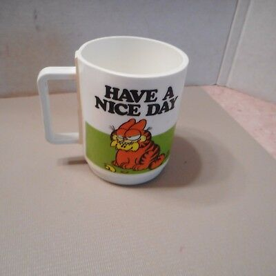 "Vintage 1978 ""Garfield"" Plastic Coffee Mug ""Have a Nice Day"" by Deka Jim Davis"