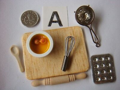 1/12th Scale Baking Sets, Bowl/Eggs/Sieve/Grater/Whisk/Spoon/Board Set 'A'