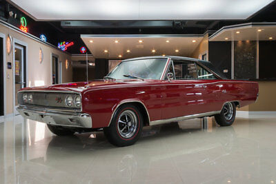 1967 Dodge Coronet  Restomod! True R/T, 440ci V8, Keisler 5-Speed, A/C, PB, PS, Documented