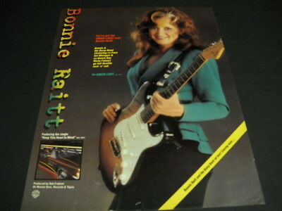 BONNIE RAITT is giving you the GREEN LIGHT original music biz 1982 PROMO AD mint