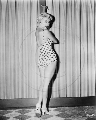 Jane Powell   leggy in swimsuit   8x10 photo