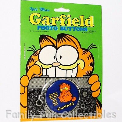 GARFIELD~1990s Kat's Meow Photo Button~Pin Back Tin Lapel~Cartoon Figure 2~NOC