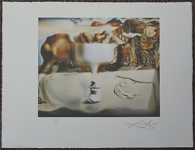 Salvador Dali 'Apparition of face and fruit' Signed Lithograph Lim. 2000 pcs.