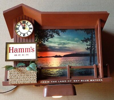 Hamm's Beer Dusk To Dawn/Sunrise Sunset Light-up Motion Sign/Clock
