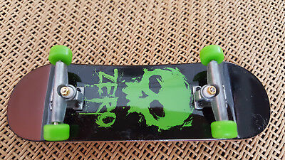 New Original Genuine Official Tech Deck 96mm Fingerboard SkateBoards ZERO Green
