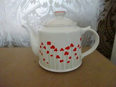 Royal Victoria Pottery Wade Large Teapot 2 pint Red poppies Design