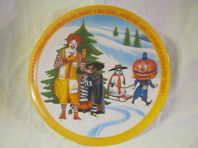 "Ronald McDonald & Hamburglar Winter 1977 Platic 10"" Graphic Plate"