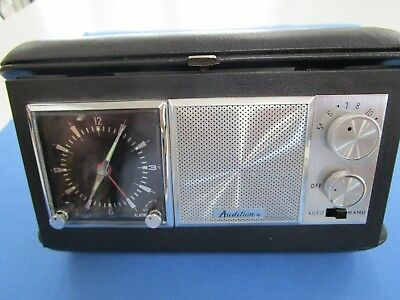 """Vintage Retro   Travelling Radio and Clock """"WORKING AM"""" in Hard Case"""