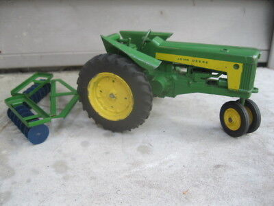 "Vintage John Deere 630 730 Tractor With Disc 3 Point Hitch 1/16 Scale 8"" Long"