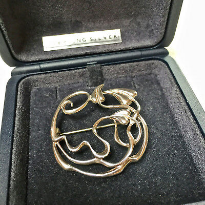 SIGNED MALCOLM GRAY, ORTAK STERLING SILVER SCOTTISH BROOCH/PIN (boxed)