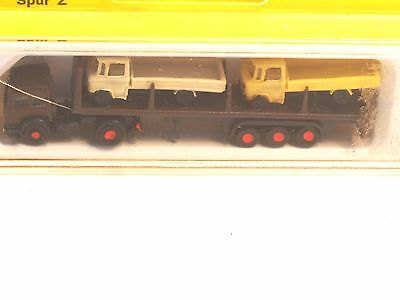 Z-scale Noch 4780/1 Semi Truck and trailer with Two Mercedes Trucks as load