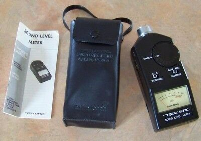 Realistic Sound Level DB Decibel Meter 33-2050 With manual/Carrying Case