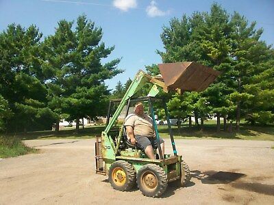 Mustang 330 Skid Loader Skidsteer Bobcat NO RESERVE tractor wheel Owatonna a b g