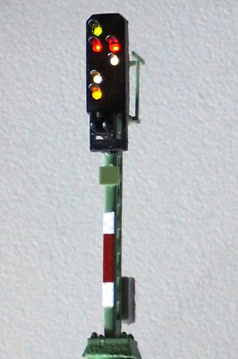 4813 VIESSMANN Z-scale Color Light Departure Signal height: 34 mm, with 6 LEDs