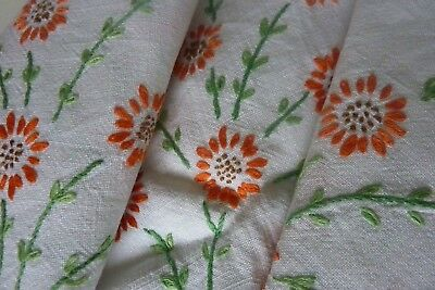 Vintage Hand Embroidered Linen Tablecloth - Sprigs Of Daisies
