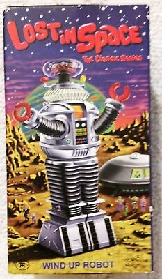LOST IN SPACE ROBOT B-9 Masudaya Japan Wind-Up
