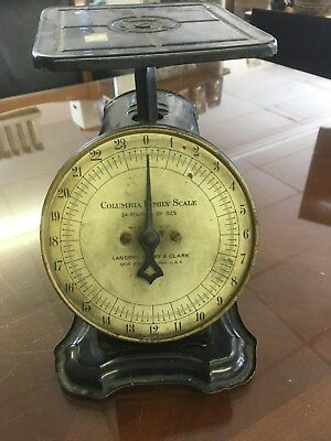Columbia  Family Scale Landers, frary and Clark New Britain, Conn. U.S.A. 24 Lbs