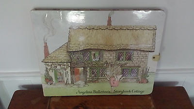 Angelina Ballerina American Girl Storybook Cottage 2000 issued large playset
