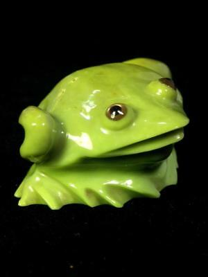 Green FROG fetish carving, Serpentine, by RICKY LAAHTY Master Zuni Indian carver