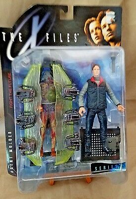1998 The X-Files Series One Agent Fox Mulder Ultra Action Figure McFarlane Toys