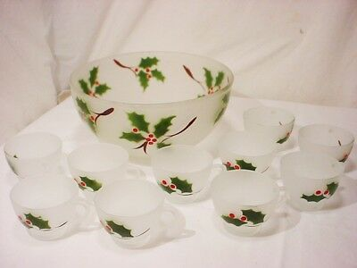 Vtg Federal Glass Holly Christmas Punch Bowl Set 10 cups Berry Frosted Glass