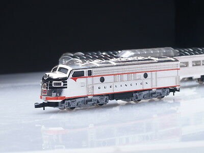 8189 Märklin Marklin Z-scale California Zephyr Set with F7 diesel loco & 4 cars