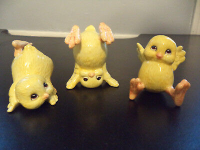 Vintage FITZ & FLOYD 3 TUMBLING CHICKS Easter CHICKENS Hand Painted Figurines!