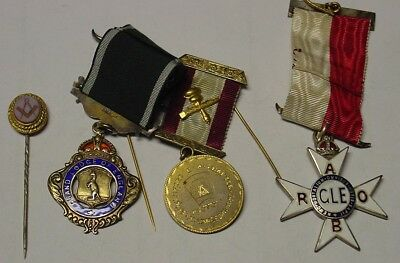 Australia. Lodge Jewels including one in silver. 4 items.