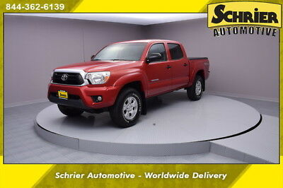 2015 Toyota Tacoma  15 Toyota Tacoma Red 4x4 Bed Liner Hitch Receiver Tonneau Cover