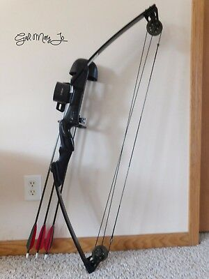"Real Nice Darton 20B Right Hand Compound Bow • 25-40# @ 31"" Pull• About 25% L/o"