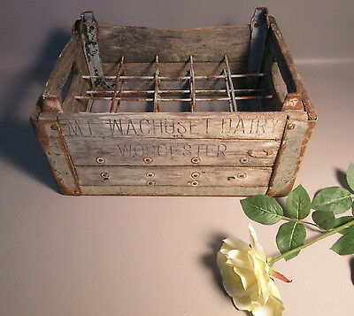 Mt. Wachuset Dairy Vintage Wooden & Metal Advtg Bottle Display Carrier Crate
