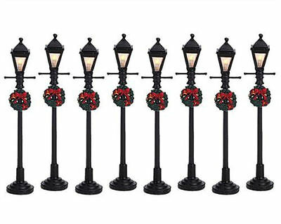 Lemax Decoration,Gas Lantern Street Lamp, Christmas Decorating, Lighted Set of 8