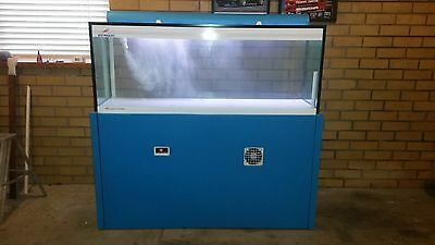 Austmarine Live Seafood, Lobster Display Tank, Oceantronic, Marine Aquarium