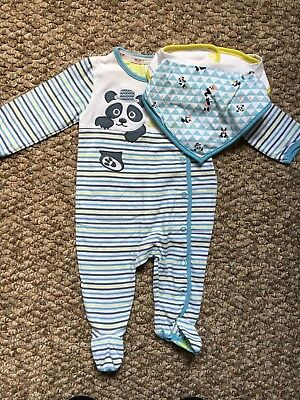 Baby Boys Ted Baker @ Debenhams Babygrow & Matching Bibs Age 0-3 Months