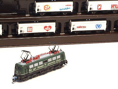 "8113 Marklin Z-scale  ""Groß hilft Klein"" Unicef children's train set Rare"