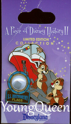 DLR A Piece of Disney History 2 Fireboat S.S Rustworthy Chip & Dale Le Pin