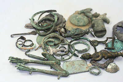 Huge collection of bronze and other metal artifacts, bronze age, roman, later