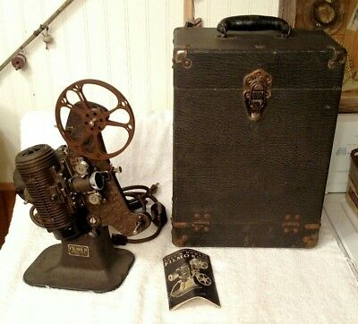 Vintage Bell & Howell Filmo 8 Model 122-A 8mm Film Projector With Case Working
