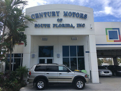 2003 Mitsubishi Montero  NIADA CERTIFIED WARRANTY CPO SERVICE RECORDS NON SMOKERS LOW MILES