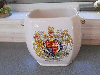 Ringtons Wade Ceramics Golden Jubilee Queen Elizabeth Ii Tea Caddy/planter