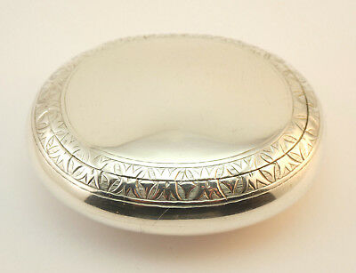 c1863, FINE ANTIQUE 19thC VICTORIAN SOLID SILVER OVAL SNUFF BOX, CONCEALED HINGE
