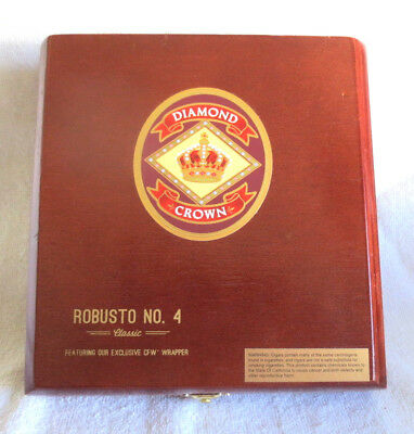 Diamond Crown Robusto No. 4  Cigar Box - Nice!