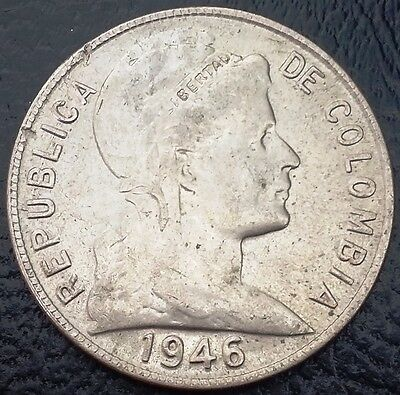 1946 Large Date Colombia 5 Centavos KM# 199 **NICE VARIETY** Free Combined S/H