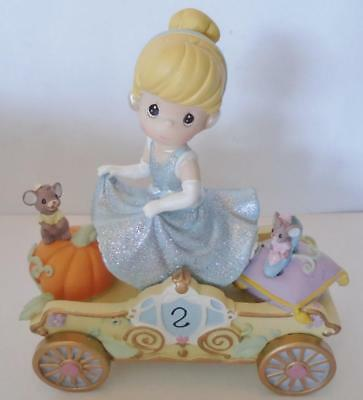 Precious Moments DISNEY SHOWCASE COLLECTION 104404 Cinderella Birthday Parade