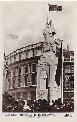 Memorial To Nurse Cavell St Martin's Place LONDON England 1920s J. Beagles RPPC