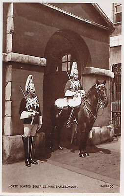 Horse Guards Sentries Whitehall LONDON England ® 1910 Valentine Real Photo PC