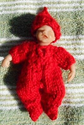 "Doll Clothes Red Hand-Knit Set Fits ooak baby 4"" to 5"" H. Handfulls"
