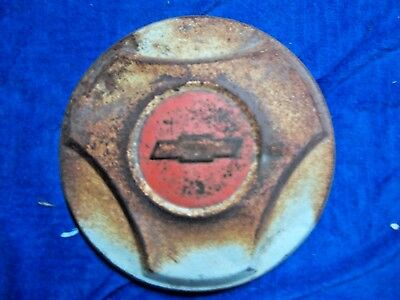 """1964 1965 1966 Chevy PICKUP BOWTIE 10 1/2"""" dog dish  hubcap RED  WHITE"""