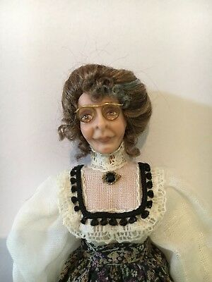 NEW!  1:12 Dollhouse Miniature Artisan Doll Exquisite Grandmother Lady Poseable